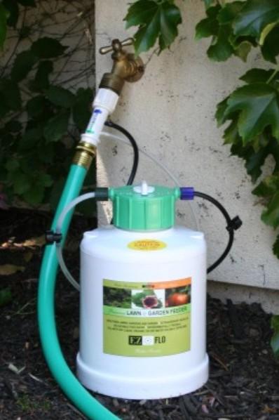 EZFlo EZFlow 1 Gal Hose End Fertigation Irrigation Sprayer